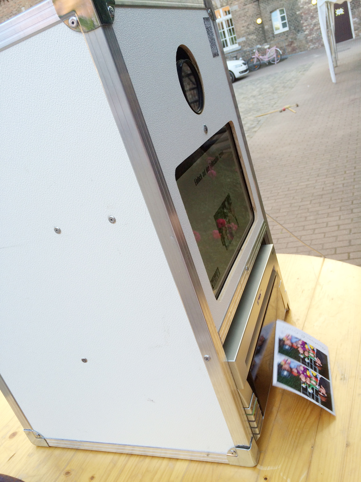 berichte ber die fotobox fotobox verleih mit versand. Black Bedroom Furniture Sets. Home Design Ideas